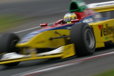 レーシングドライバー 道上龍 formula nippon